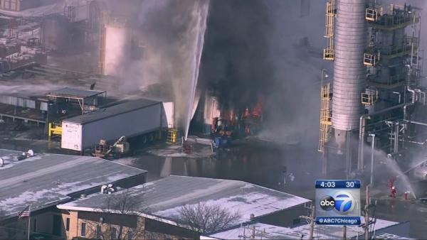 Chemical plant explosion, fire injures 2 in Alsip