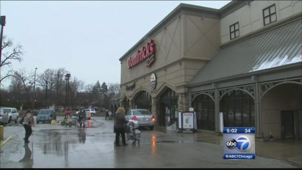 Evanston residents throw party for Dominick's employees