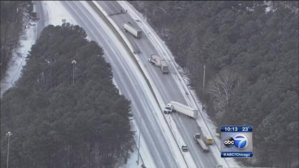Atlanta snowstorm strands thousands