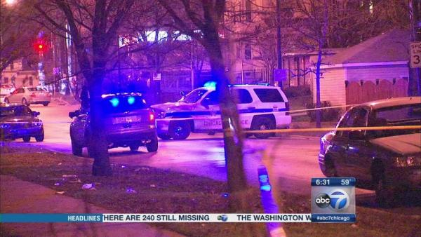 4 girls, 1 boy shot in Park Manor drive-by