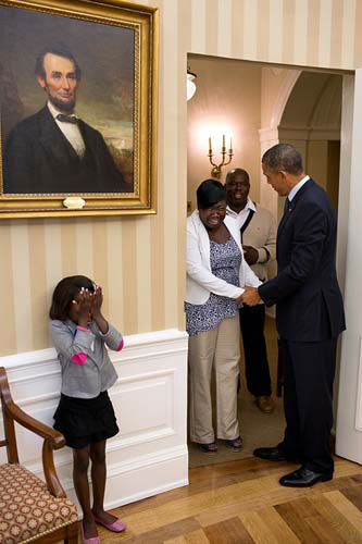 Eight-year old Make-A-Wish child Janiya Penny reacts after meeting President Barack Obama as he welcomes her family to the Oval Office, Aug. 8, 2012. &#40;Official White House Photo by Pete Souza&#41; <span class=meta>(Photo&#47;The White House)</span>
