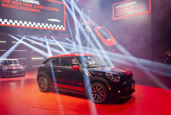 The new Mini John Cooper Works Paceman is unveiled at the North American International Auto Show, Monday, Jan. 14, 2013, in Detroit, Mich. &#40;AP Photo&#47;Tony Ding&#41; <span class=meta>(AP Photo&#47; TONY DING)</span>