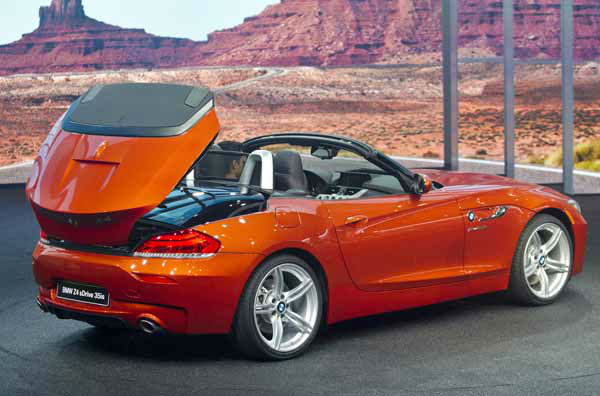 A BMW Z4 convertible is presented at the North American International Auto Show, Monday, Jan. 14, 2013, in Detroit, Mich. &#40;AP Photo&#47;Tony Ding&#41; <span class=meta>(AP Photo&#47; TONY DING)</span>
