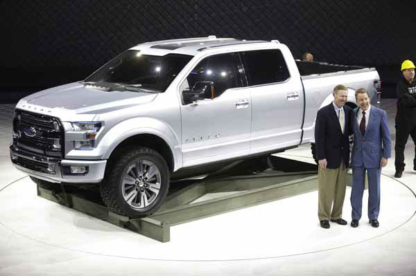 Ford Motor Co. Executive Chairman Bill Ford, right, and President and CEO Alan Mulally stand next to the Ford Atlas concept pickup after its unveil at the North American International Auto Show in Detroit, Tuesday, Jan. 15, 2013. &#40;AP Photo&#47;Carlos Osorio&#41; <span class=meta>(AP Photo&#47; Carlos Osorio)</span>