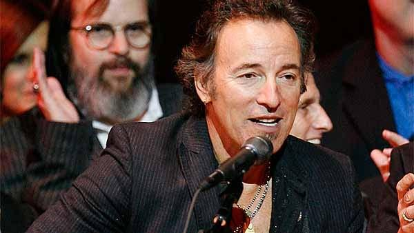 File: Bruce Springsteen at New Yorks Carnegie Hall.