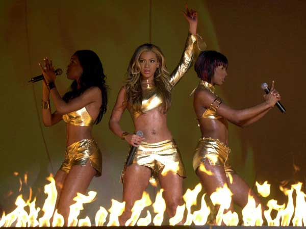 Members of U.S. pop group Destiny&#39;s Child, from left to right, Michelle Williams, Kelly Rowland and Beyonce Knowles perform during thehe Brit Awards, at Earls Court in London Monday, February 26, 2001.  <span class=meta>(AP photo &#47; John Stillwell&#47;WPA ROTA)</span>