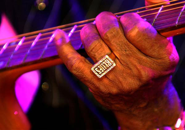 US bluesman Buddy Guy plays the guitar on the Stravinski hall stage during the &#34;Grand Opening&#34; event of the 36th Montreux Jazz Festival in Montreux, Switzerland, late Friday, July 5, 2002. The festival will last until July 20. &#40;AP PHOTO&#47;KEYSTONE&#47;Martial Trezzini&#41; <span class=meta>(AP Photo&#47; MARTIAL TREZZINI)</span>