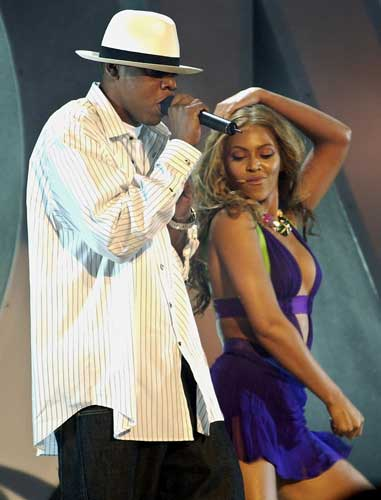 Jay-Z ,left, and Beyonce perform &#34;Crazy in Love&#34; during the BET Awards, in this June 24, 2003 file photo, in Los Angeles.  <span class=meta>(AP Photo&#47;Kevork Djansezian, File)</span>