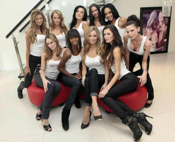 "<div class=""meta ""><span class=""caption-text "">The ten finalists competing to be the next Victoria's Secret Runway Angel pose for photos in New York, Thursday, Nov. 5, 2009.Top row, left to right are: Kylie Bisutti, 19, Simi Valley, Ca.; Krystina Holbrook, 20, El Dorado Hills, Ca.; Catharina Lee, 20, Washington, D.C.; Alicia Hall, 24, Las Vegas; Raven Ervin, 24, Birmingham, Al.; Courtney O'Conner, 20, Raleigh, N.C.  Front row, left to right are: Allison Turner, 23, Cape Girardeau, Mo.; Katelyn Fortes, 18, Boston; Jamie Lee Darley, 23, Carmel, Ca.; Tika Iveaj, 25, Detroit. (AP Photo/Richard Drew) (AP Photo/ Richard Drew)</span></div>"