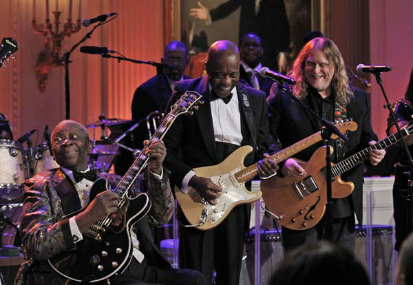 B.B. King, left, Buddy Guy from Chicago, and Warren Haynes, right, perform during the White House Music Series saluting Blues Music in recognition of Black History Month, Tuesday, Feb. 21, 2012, in the East Room of the White House in Washington. &#40;AP Photo&#47;Pablo Martinez Monsivais&#41; <span class=meta>(AP Photo&#47; Pablo Martinez Monsivais)</span>