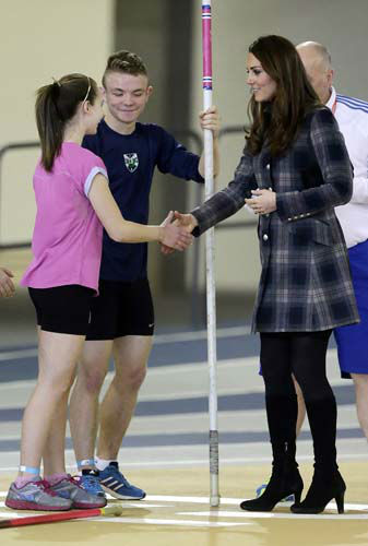 "<div class=""meta ""><span class=""caption-text "">Kate, the Duchess of Cambridge,  during her visit to the Emirates Arena,  in Glasgow, Scotland, Thursday, April 4, 2013.  (AP Photo/ Danny Lawson, Pool) (AP Photo/ Danny Lawson)</span></div>"
