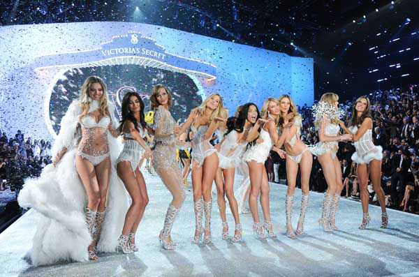 "<div class=""meta image-caption""><div class=""origin-logo origin-image ""><span></span></div><span class=""caption-text"">Models walk the runway during the finale of the 2013 Victoria's Secret Fashion Show at the 69th Regiment Armory on Wednesday, Nov. 13, 2013, in New York. (Photo by Evan Agostini/Invision/AP) (Photo/Evan Agostini)</span></div>"