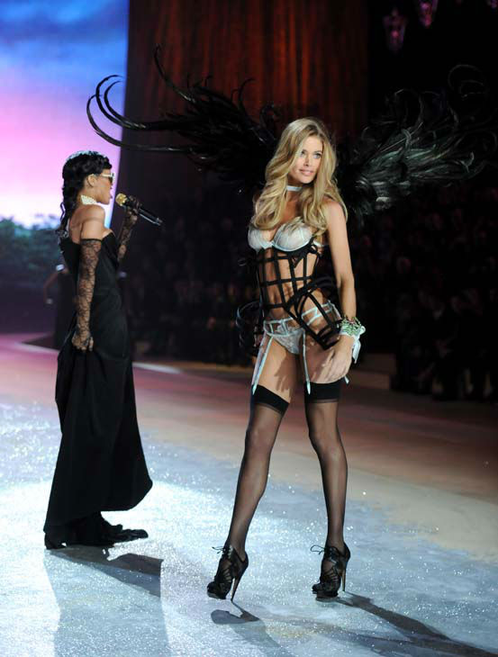 Singer Rihanna, right, performs while model Doutzen Kroes walks the runway during the 2012 Victoria&#39;s Secret Fashion Show on Wednesday Nov. 7, 2012 in New York. The show will be Broadcast on Tuesday, Dec. 4 &#40;10:00 PM, ET&#47;PT&#41; on CBS. &#40;Photo by Evan Agostini&#47;Invision&#47;AP&#41; <span class=meta>(AP Photo&#47; Evan Agostini)</span>