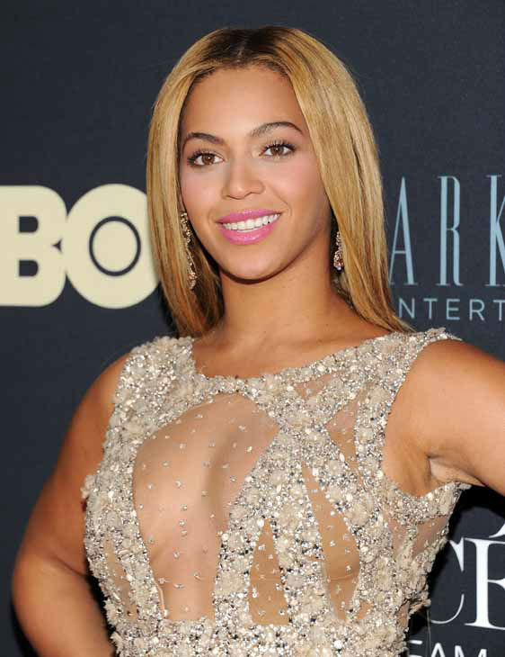 "<div class=""meta ""><span class=""caption-text "">Singer Beyonce Knowles attends the premiere of ""Beyonce: Life Is But A Dream"" at the Ziegfeld Theatre on Tuesday, Feb. 12, 2013 in New York. (Photo by Evan Agostini/Invision/AP) (Photo/Evan Agostini)</span></div>"