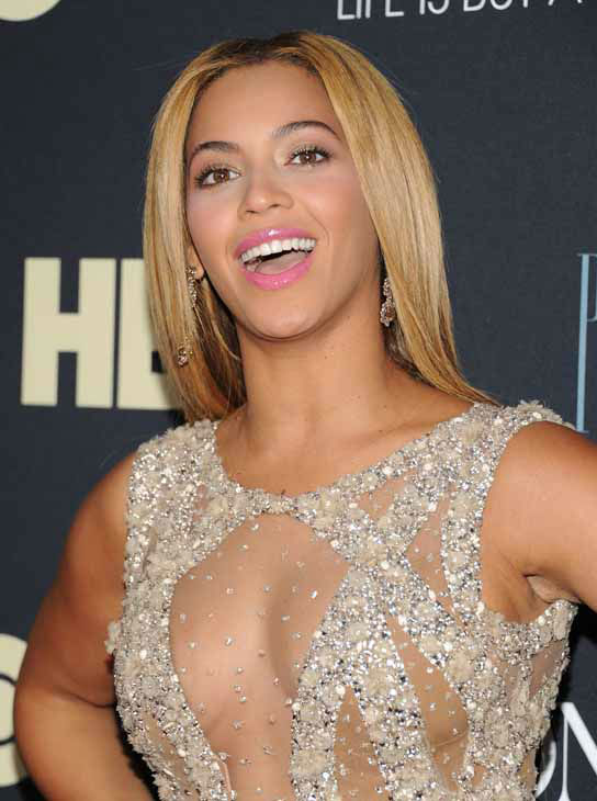 Singer Beyonce Knowles attends the premiere of &#34;Beyonce: Life Is But A Dream&#34; at the Ziegfeld Theatre on Tuesday, Feb. 12, 2013 in New York. &#40;Photo by Evan Agostini&#47;Invision&#47;AP&#41; <span class=meta>(Photo&#47;Evan Agostini)</span>