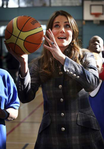 Kate, the Duchess of Cambridge, plays basketball at the Donald Dewer Leisure centre at the Emirates Arena,  in Glasgow, Scotland, Thursday, April 4, 2013.  &#40;AP Photo&#47; Danny Lawson, Pool&#41; <span class=meta>(AP Photo&#47; Danny Lawson)</span>