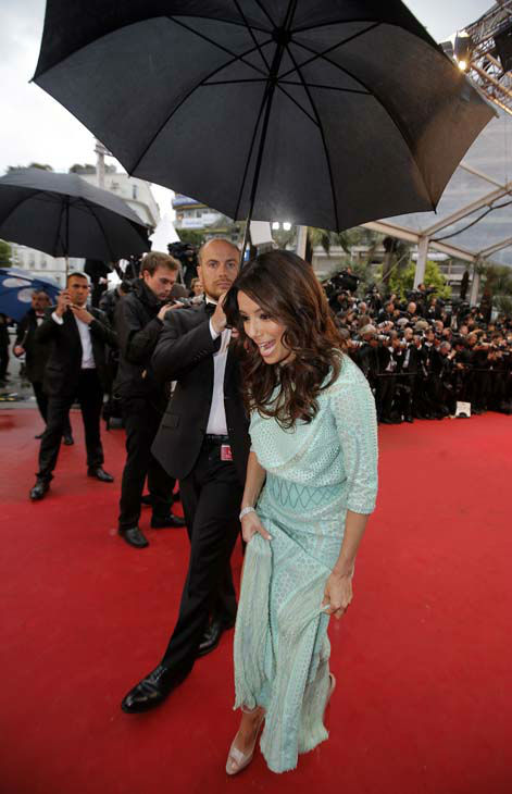 Actress Eva Longoria, right, arrives for the screening of the film Jimmy P. Psychotherapy of a Plains Indian at the 66th international film festival, in Cannes, southern France, Saturday, May 18, 2013. &#40;AP Photo&#47;Lionel Cironneau&#41; <span class=meta>(AP Photo&#47; Lionel Cironneau)</span>