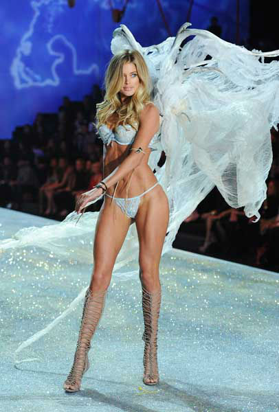 "<div class=""meta image-caption""><div class=""origin-logo origin-image ""><span></span></div><span class=""caption-text"">Model Doutzen Kroes walks the runway during the 2013 Victoria's Secret Fashion Show at the 69th Regiment Armory on Wednesday, Nov. 13, 2013, in New York. (Photo by Evan Agostini/Invision/AP) (Photo/Evan Agostini)</span></div>"