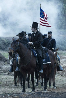 "<div class=""meta ""><span class=""caption-text "">This undated publicity photo provided by DreamWorks and Twentieth Century Fox shows Daniel Day-Lewis as President Abraham Lincoln looking across a battlefield in the aftermath of a terrible siege in this scene from director Steven Spielberg's drama ""Lincoln."" A familiar lineup of Hollywood awards contenders are expected among Golden Globe nominations coming out Thursday morning, Dec. 13, 2012, whose prospects include past Oscar winners Daniel Day-Lewis, Helen Mirren, Robert De Niro and Sally Field. Other Oscar recipients may be nominated, such as Mirren and Anthony Hopkins for ""Hitchcock,"" Philip Seymour Hoffman for ""The Master,"" Helen Hunt for ""The Sessions,"" Marion Cotillard for ""Rust and Bone,"" Russell Crowe for ""Les Miserables"" and Alan Arkin for ""Argo."" (AP Photo/DreamWorks, Twentieth Century Fox, David James)</span></div>"
