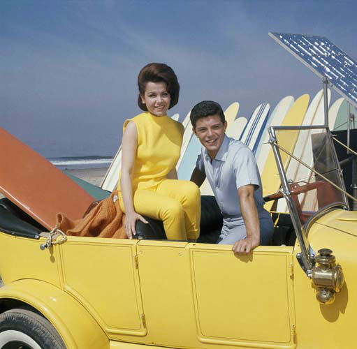 "<div class=""meta ""><span class=""caption-text "">Singer Frankie Avalon with actress Annette Funicello on Malibu Beach, during filming of ?Beauty Party,? in California in 1963. (AP Photo) (AP Photo)</span></div>"