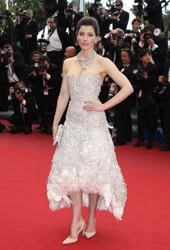 FILE - This May 19, 2013 file photo shows actress Jessica Biel wearing an ivory Marchesa dress with feather underlay for the screening of the film &#34;Inside Llewyn Davis&#34; at the 66th international film festival, in Cannes, southern France. &#40;Photo by Joel Ryan&#47;Invision&#47;AP, file&#41; <span class=meta>(AP Photo&#47; Joel Ryan)</span>