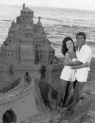 "<div class=""meta image-caption""><div class=""origin-logo origin-image ""><span></span></div><span class=""caption-text"">Frankie Avalon and Annette Funicello, who co-starred in 'beach party' movies during the 1960s, have their feet in the sand again, Oct. 18, 1978 in 'Frankie and Annette: The Second Time Around,' a musical story on NBC-TV on Saturday, November 18 (9-10 p.m. NYT). In it, Annette is a sorority housemother at a college in Malibu and Frankie is a singer. (AP Photo) (AP Photo/ XJFM)</span></div>"