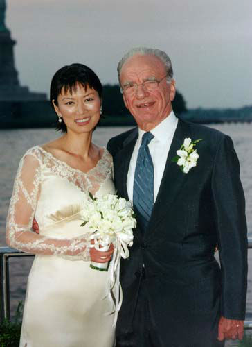 "<div class=""meta image-caption""><div class=""origin-logo origin-image ""><span></span></div><span class=""caption-text"">News Corp. chairman Rupert Murdoch and television executive Wendi Deng pose aboard his yacht during their marriage voyage in New York Harbor, Friday, June 25, 1999. Eighty-two guests attended the private ceremony Friday evening aboard ''Morning Glory,'' which left from Chelsea Piers as a string ensemble played Mozart. The couple were married by state Supreme Court Justice Jacqueline Silbermann. (AP Photo/Grace Studio, Tom Rollo) (AP Photo/ TOM ROLLO)</span></div>"