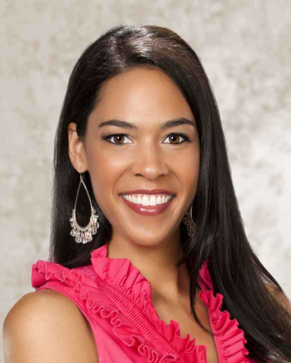 "<div class=""meta ""><span class=""caption-text ""> Miss Nebraska Mariah Cook</span></div>"