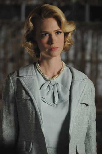 "<div class=""meta ""><span class=""caption-text "">In this TV publicity image released by AMC, January Jones portrays Betty Draper in a scene from ""Mad Men.""  (AP Photo/AMC)</span></div>"