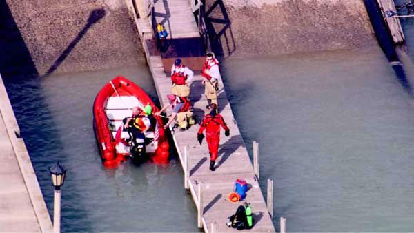 Emergency crews were called to Lake Michigan for a water rescue near the suburban Lake Forest shoreline.  <span class=meta>(WLS Photo)</span>