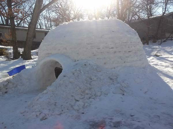 "<div class=""meta image-caption""><div class=""origin-logo origin-image ""><span></span></div><span class=""caption-text"">An igloo built by a Palos Park boy and his friends fits 12, and includes a fire pit.  (WLS Photo/ Linda Seguin)</span></div>"