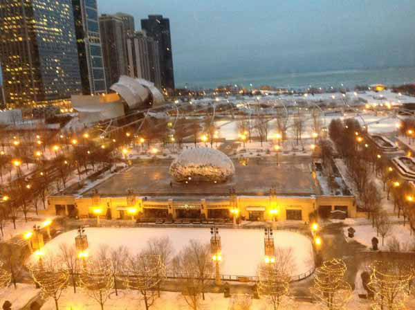 "<div class=""meta image-caption""><div class=""origin-logo origin-image ""><span></span></div><span class=""caption-text"">Send your snow photos to USeeIt@abc7chicago.com</span></div>"