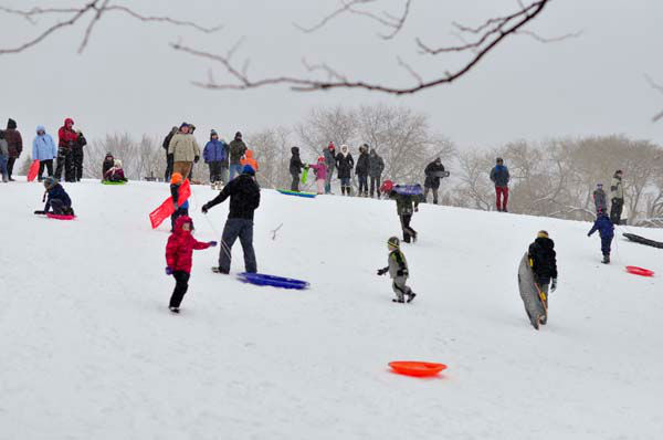 Children play in the snow in Chicago and the suburbs.  <span class=meta>(ABC7 Viewer photo; USEEIT@abc7chicago.com)</span>