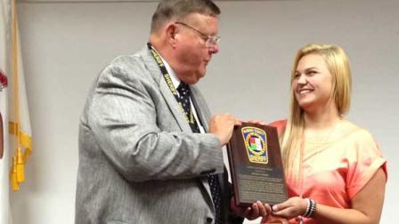 Megan Ringel, 16, of Wauconda, received an award from the McHenry County Sheriff after performing CPR on a man who was not breathing.