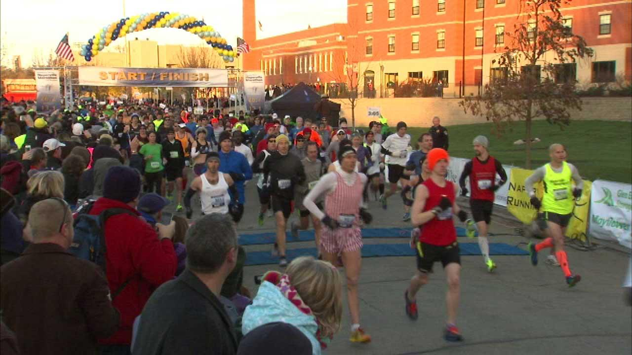 Theres a new marathon in the Chicago area and it stepped off for the first time Sunday morning in Naperville.