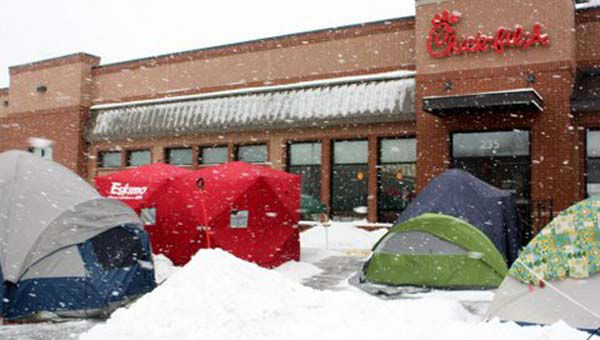 The restaurant chain held the Chick-fil-A First 100 in 2003, and since then it has become a popular event at store openings.  <span class=meta>(WLS Photo&#47;Chick-fil-A)</span>