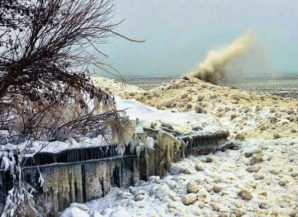 Lake Michigan near Highland Park <span class=meta>(FACEBOOK&#47;Mark Hersch)</span>