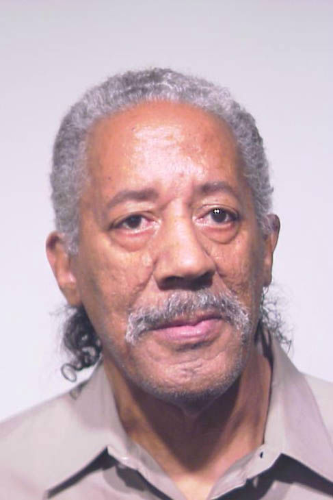 Carl D. Williams charged with Possession of a Controlled Substance. Chicago Police announced the results of a joint law enforcement operation that targeted heroin buyers and sellers on the City's West Side on Tuesday, May 1, 2012.