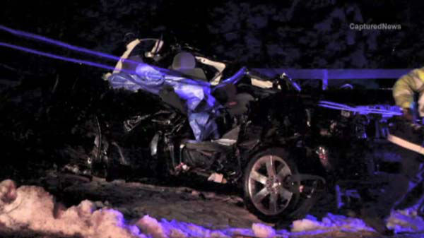 A 16-year-old boy from Antioch and a 17-year-old girl from Lindenhurst have died in a north suburban car crash.