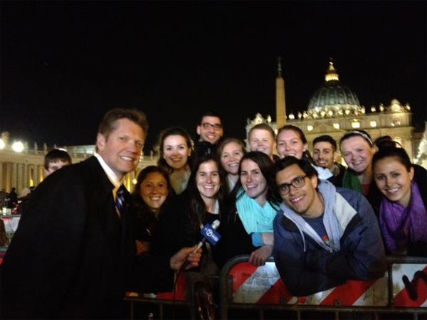 ABC 7's Alan Krashesky celebrated Pope Francis' election with several Chicagoans in the Vatican.