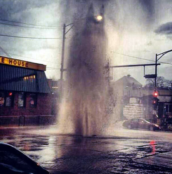 Viewer photo: Geyser in Chicago's Uptown neighborhood.