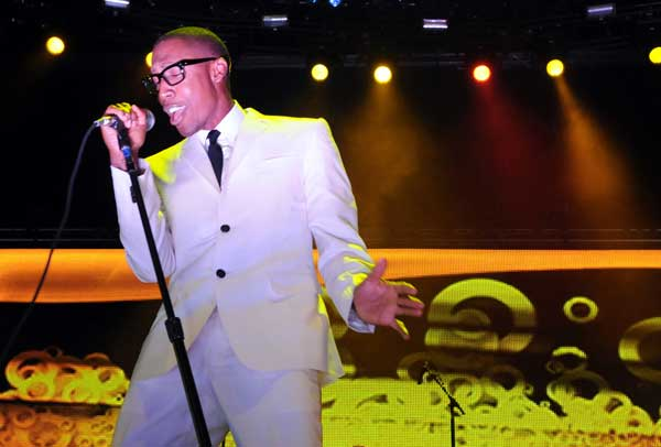 Raphael Saadiq opens for Chaka Kahn at the Taste of Chicago on July 14 at 5:30 p.m. <span class=meta>(AP Photo&#47;Chuck Cook)</span>