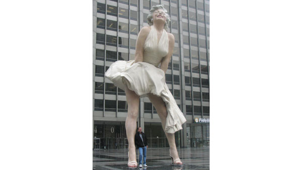 "<div class=""meta ""><span class=""caption-text "">Unveiled in July of 2011, this 26-foot-tall Marilyn Monroe sculpture by Seward Johnson strikes the same pose as she did in the movie, ""The Seven Year Itch."" Located in Pioneer Court at 401 N. Michigan Ave., the ""Forever Marilyn"" statue will be taken down and moved on Monday, May 7, 2012 to Palm Springs, Calif.  (ABC 7 Chicago/Joanna Wesoly)</span></div>"