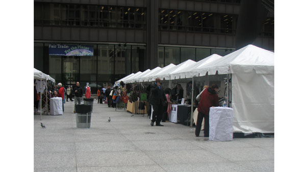 "<div class=""meta image-caption""><div class=""origin-logo origin-image ""><span></span></div><span class=""caption-text"">Chicago hosted an annual celebration in honor of World Fair Trade Day at the Daley Plaza on May 9, 2012. The Chicago Fair Trade organization filled the plaza with booths containing clothing, accessories and coffee from Fair Trade companies in the area such as Malia Designs and Venture Imports. (ABC 7 Chicago/Joanna Wesoly)</span></div>"
