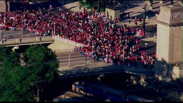 Fans lined up early for the Chicago Blackhawks parade and rally on  Friday, June 28, 2013.  <span class=meta>(Chopper 7 HD)</span>
