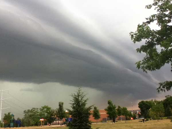 A beautiful picture of a storm front over Bolingbrook.  <span class=meta>(Kevin and Gail Lynch)</span>