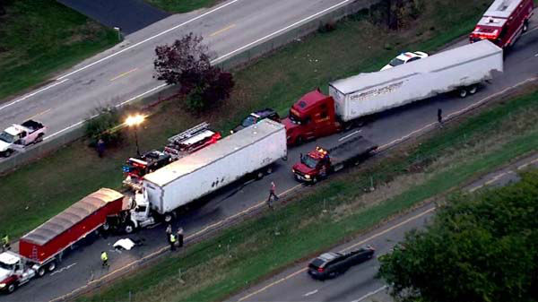 A crash involving three semi-trucks and at least three cars shut down all lanes of southbound I-55 at Bluff Road on Wednesday, October 16, 2013.