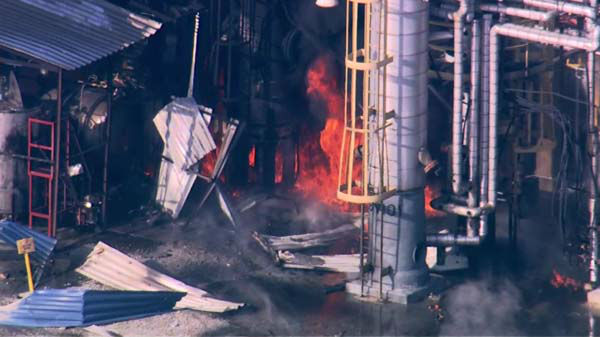 Flames and heavy smoke shot out of an Alsip refinery after reports of a possible explosion at the facility.