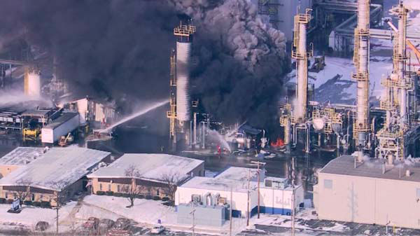 "<div class=""meta image-caption""><div class=""origin-logo origin-image ""><span></span></div><span class=""caption-text"">Flames and heavy smoke shot out of an Alsip refinery after reports of a possible explosion at the facility.</span></div>"