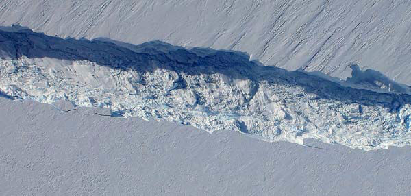 View of the Pine Island Glacier rift seen from the Digital Mapping System camera aboard NASA&#39;s DC-8 on Oct. 26, 2011.  <span class=meta>(NASA &#47; DMS)</span>
